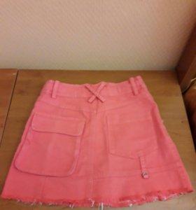 Продам юбку б/у 8-10л в отличном состоянии
