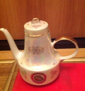 Старинный чайный сервиз Мадонна
