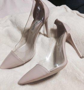 Туфли,очень удобные,милые.