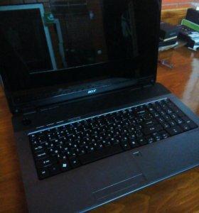 Продам ноутбук 17.3 диагональ Acer