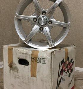 Новые литые диски R14 4x108 Корея