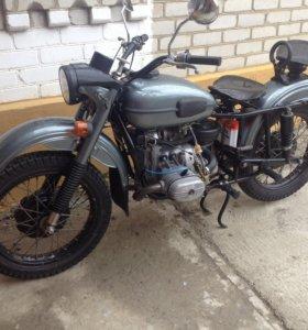 Продаю мотоцикл,Урал все подробности по телефону