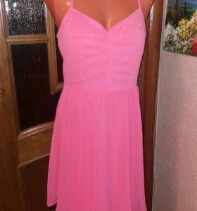 Платье новое нарядное с этикеткой