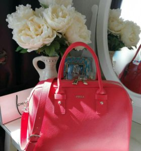 Шикарная сумка Furla Новая Оригинал