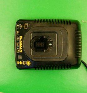 Зарядное устройство шуруповерта DEWOLT