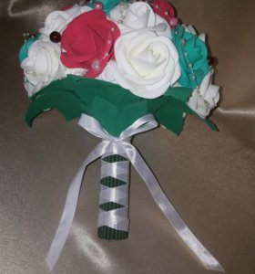 Букеты роз из фоамирана