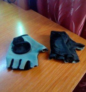Велосипедные перчатки.