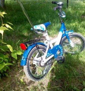 Велосипед детский, приставные колеса, ручка