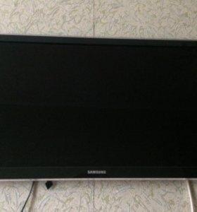 Продам срочно телевизор SAMSUNG.