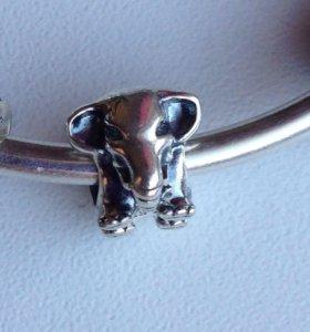 Шарм Pandora счастливый слон