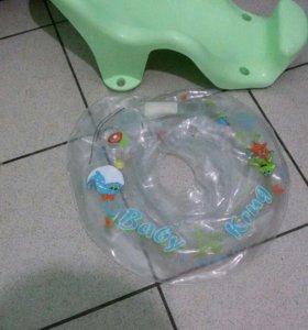 Горка и круг для купания