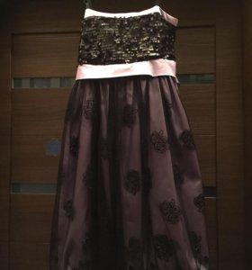 Платье для девочки рост 135-145 8-11 лет. ТОРГ!!!