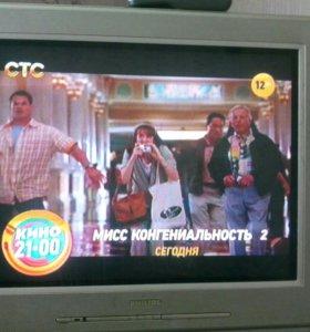 Телевизор PHILIPS.