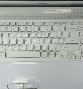 Ноутбук Sony i3