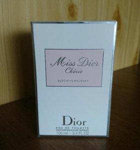 Туалетная вода Miss Dior Cherie