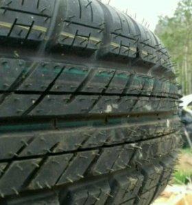 Dunlop sp10 175/70 r14