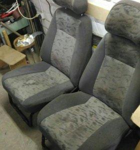 Сиденья для ВАЗ 2111,2112.