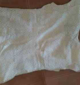 Блузка с красивым вырезом на спине