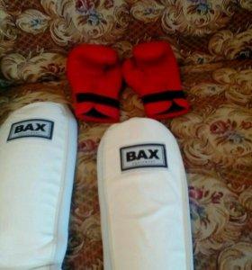 Защита для ног и перчатки для тайского бокса