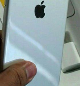 iPhone 7 Plus silver 128 Gb