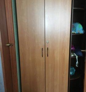 Продам шкаф