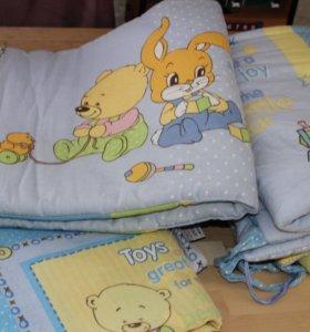 Комплект постельного белья и бортики в кроватку