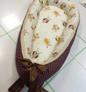 Кокон гнездо комплект в детскую кроватку бортики