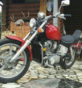 Продам Honda Shadow vt 1100 spirit