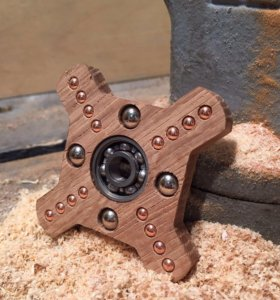 Hand spinner Blanc oak wood