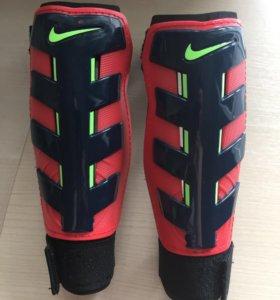 Защита для ног детская (футбол) размер S