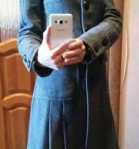 Пальто от фирмы dekka