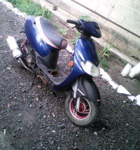 Продается скутер Vaiper 100cc