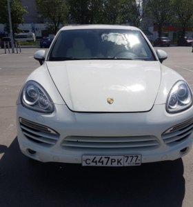 Porsche Cayenne 4.8AT