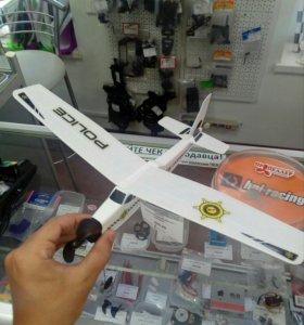 Резиномоторный самолет