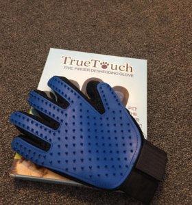 Перчатка для вычёсывания шерсти TrueTouch