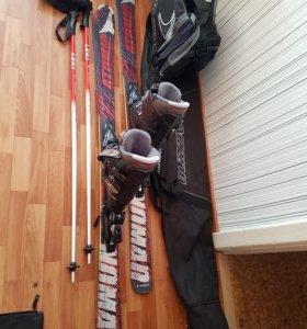 Горные лыжи, ботинки, палки, чехлы, перчатки, шлем
