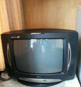 Телевизор +тумба под него