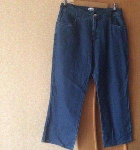 Бриджи  Капри джинсовые р. 31(48-50)