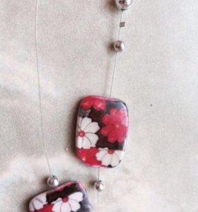 Комплект ( серьги + ожерелье )