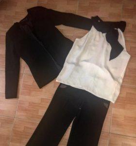 Пиджак, брюки, блузка