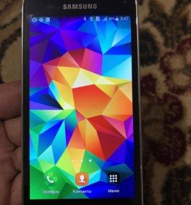 Телефон Самсунг Галакси s5 mini