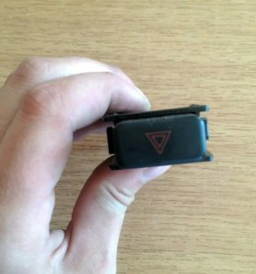 Кнопка аварийки Toyota Premio AT210