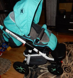 Детская коляска фирмы Aneco/Maggini