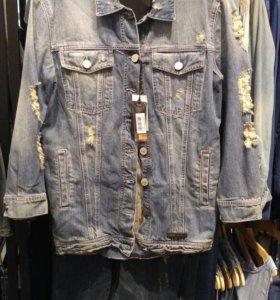 Джинсовая куртка  Guess новая
