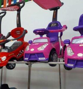 Стильная и яркая машинка для девочек.