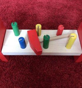 Деревянная игрушка для малышей