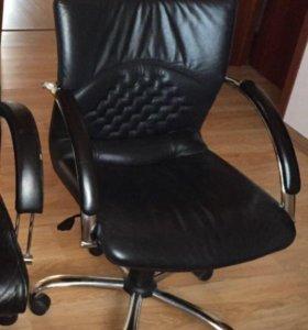 Кресло кожа офисное Италия
