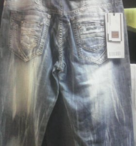 Новые брендовые джинсы