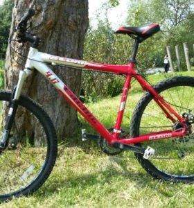 Горный велосипед Atom 4.0 на Rock Shox и Alivio