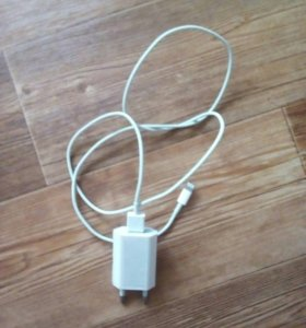 Зарядное устройство для айфон 5